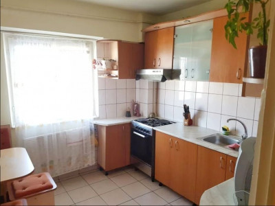 Apartament 3 camere ,82 mp zona BRD