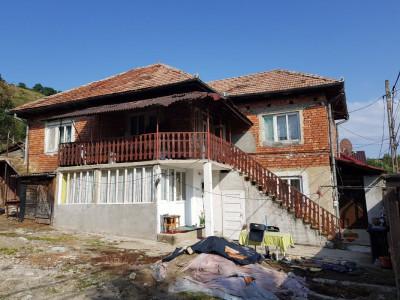 Casa individuala cu teren 415mp Baciu