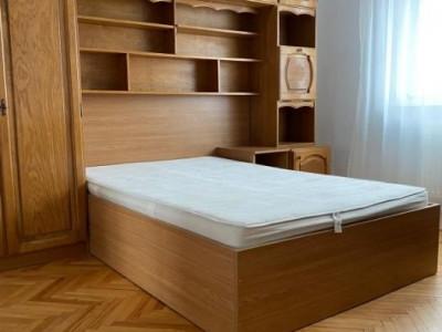 Apartament 3 camere Manastur zona Calvaria